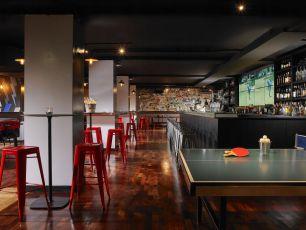 Buskers on the Ball Dublin sports bar